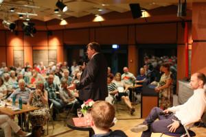 Kämpferisches Schlusswort von Harry Scheuenstuhl mit Blick auf den Landtagswahlkampf (Foto: S. Balcerowski)